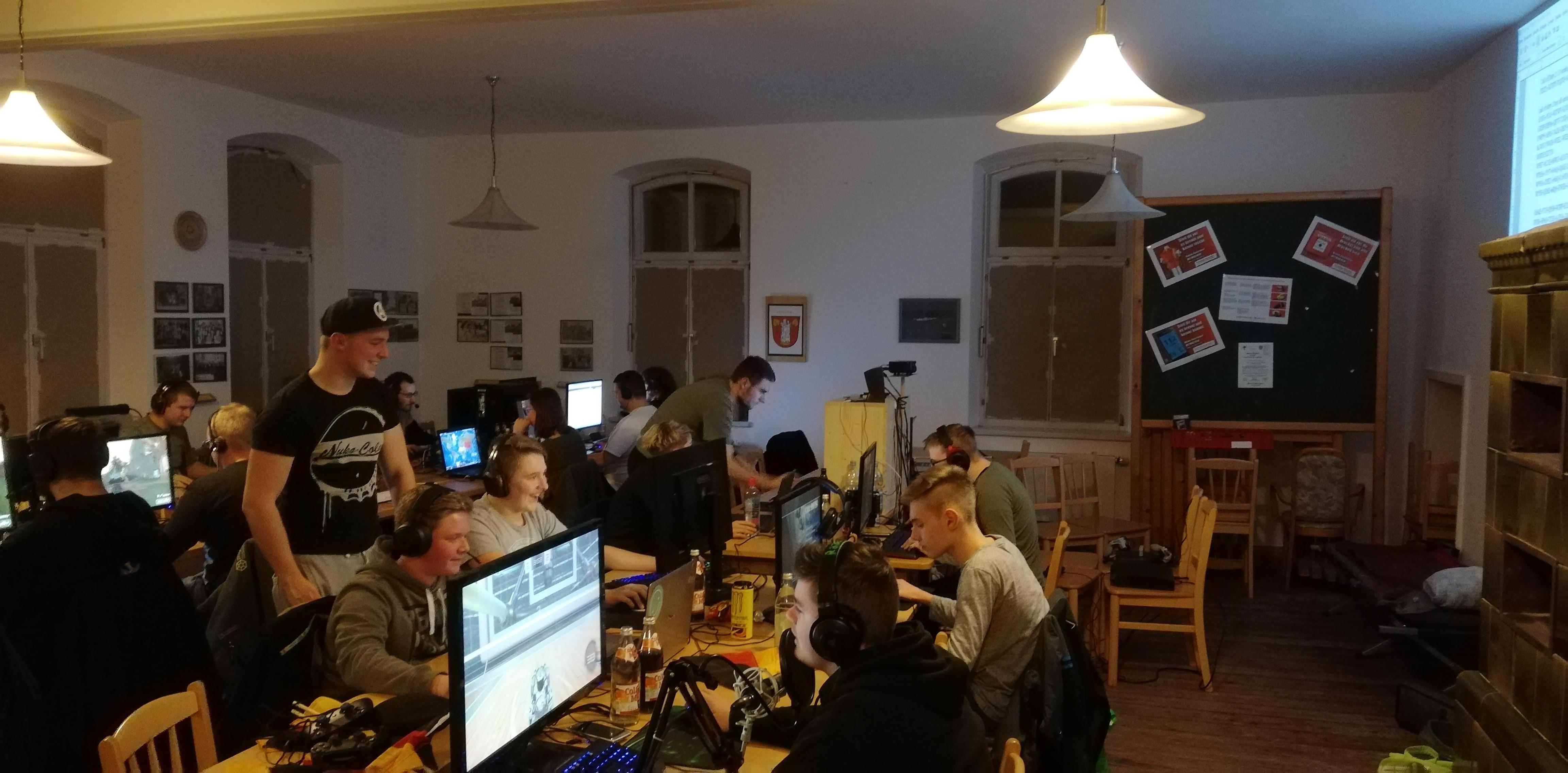 LAN 2018 - Volles Haus!