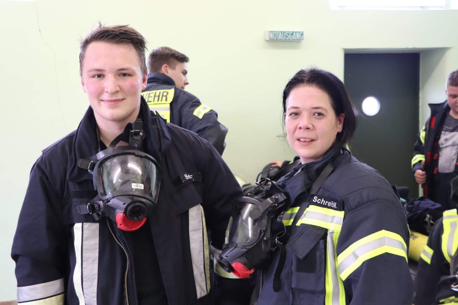 Atemschutz – Fabian Seidl und Melanie Schreib