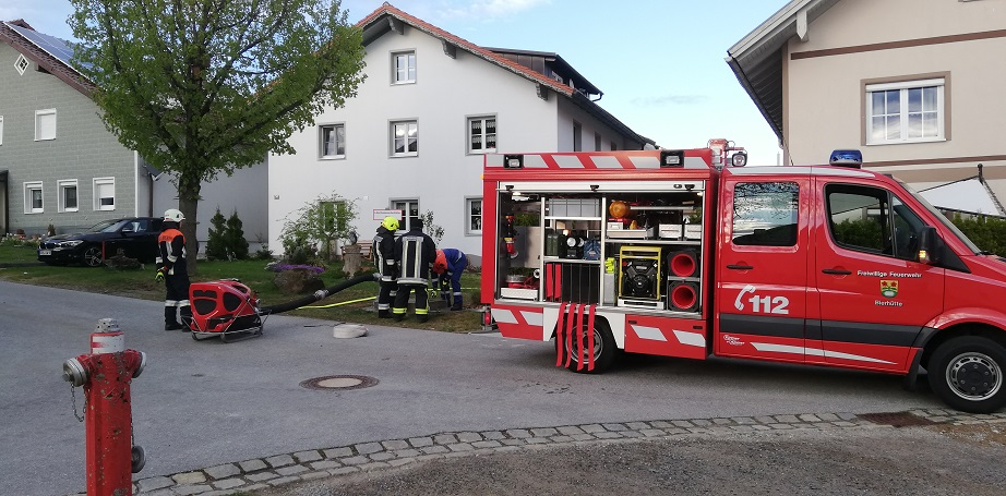 Gemeinschaftsübung - Bierhütte/Kreuzberg - Löschwasserbehälter