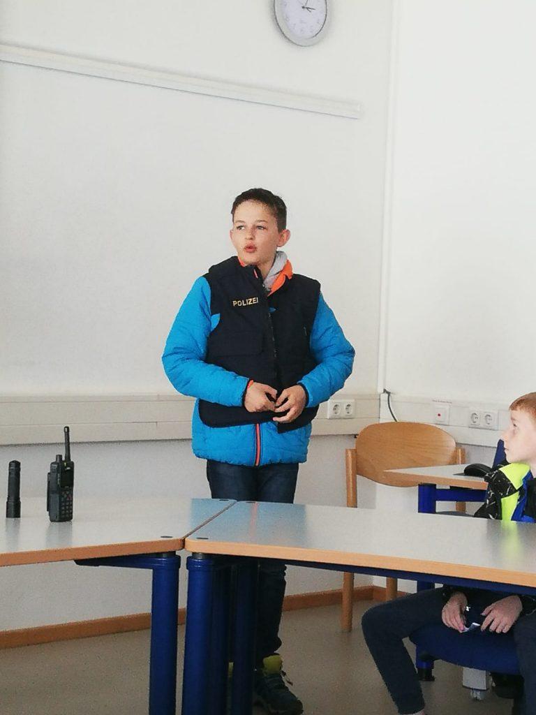 """Kinderfeuerwehr - Neuer """"Polizeichef"""""""