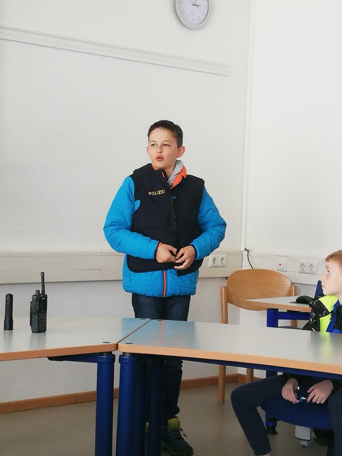 """Kinderfeuerwehr – Neuer """"Polizeichef"""""""
