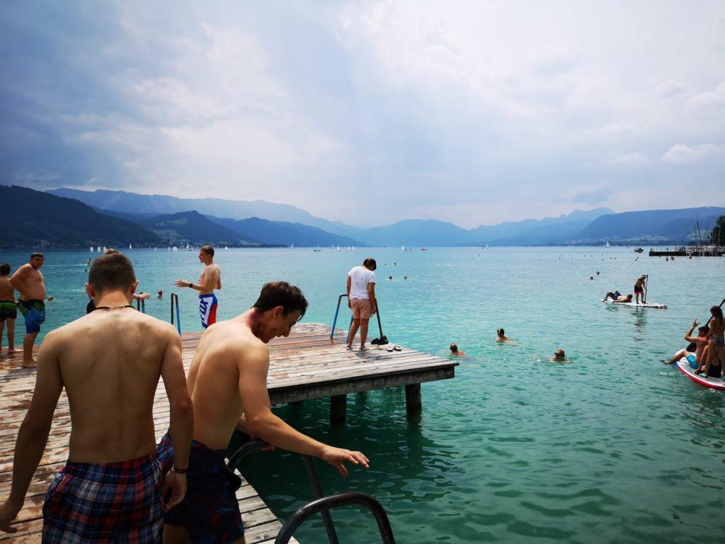 Jugendzeltlager 2019 - Schwimmen im Attersee