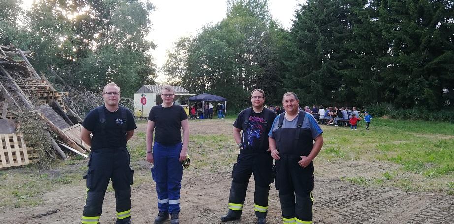 Sonnwendfeuer 2019 - Das Team unserer Feuerwehr