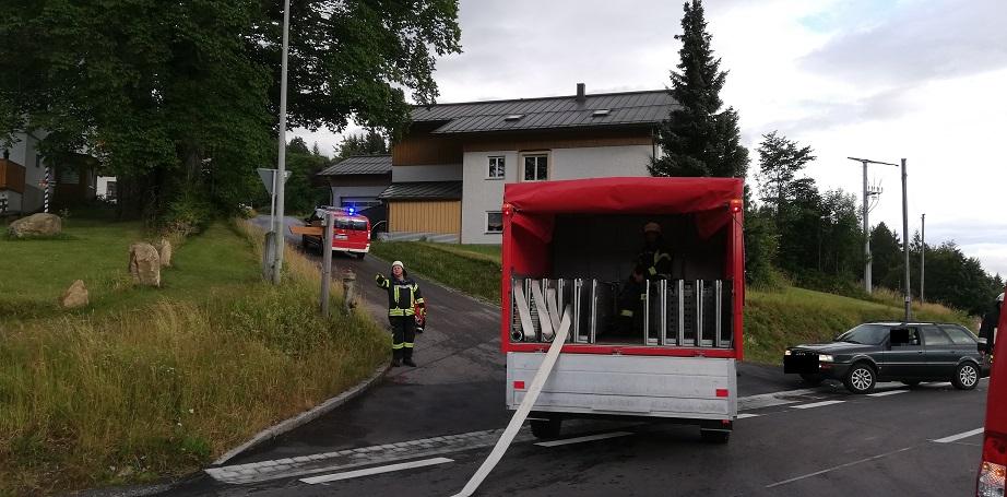 Gemeinschaftsübung Zwölfhäuser - SW 2000 der Feuerwehr Hinterschmiding.