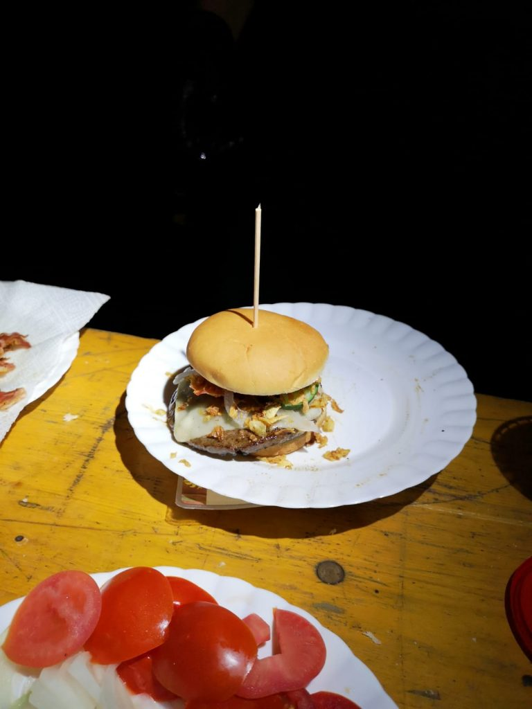 Jugendzeltlager 2019 - Lecker Burger