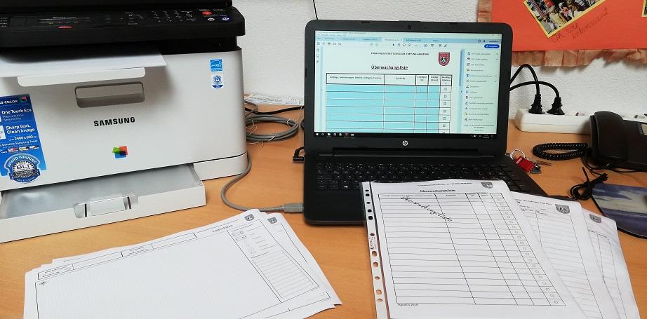 Führungsunterstützung - Büroarbeit im Feuerwehrhaus