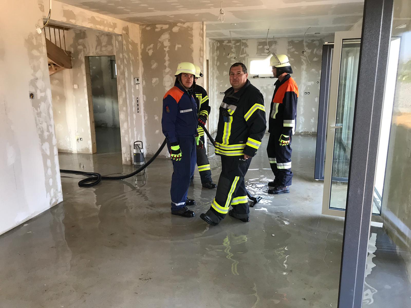 Einsatz 04.08.2019 – Wasser in Gebäude