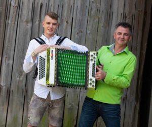 Johannes Niggl im Duo - Quelle: Homepage/Daniel Schreib
