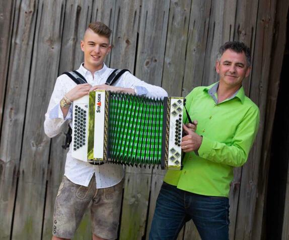 Johannes Niggl im Duo – Quelle: Homepage/Daniel Schreib