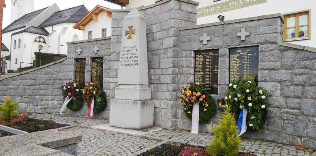 Volkstrauertag 2019 - Kriegerdenkmal