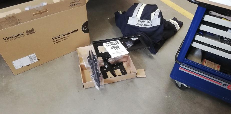 Einsatzmonitor – Halterung