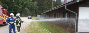 Jugendfeuerwehr - TSV Kreuzberg - Vereinsheim - Fassade - Parkplatz