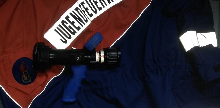 Jugendfeuerwehr - Hohlstrahlrohr