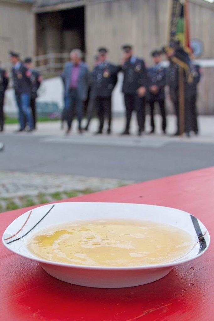 FF Kreuzberg - Fahnenmutterbitten - Suppenwettessen - Es ist angerichtet